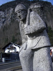 할슈타트에서 만난 소금광산 돌하루방