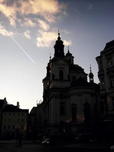시원한 하늘, 따뜻한 구름, 그리고 낙하하는 빛줄기